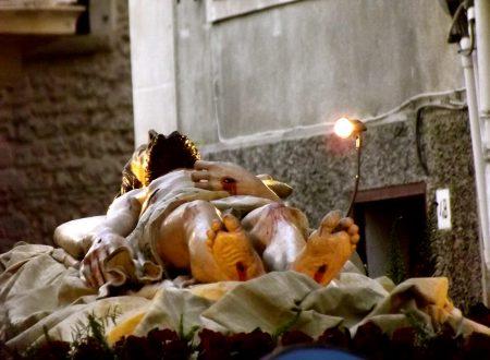 Venerdì Santo: la celebrazione della Passione del Signore con la processione del Cristo Morto e dei Misteri