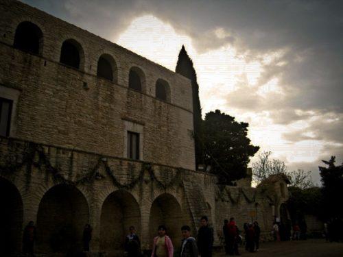 Speciale Templari a Ruvo/2: Rassegna di alcune ipotesi sull'ubicazione della domus templare di Ruvo di Puglia (di Vito Ricci)