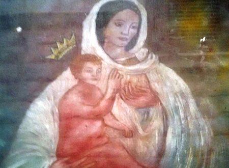 Una edicola della Madonna delle Grazie di Ruvo a Molfetta