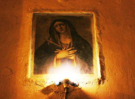 Le Addolorate ai Sepolcri. Una tradizione dimenticata.