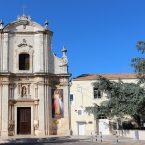 Madonne di famiglia. Note su alcune cappelle mariane nell'antica chiesa di sant'Angelo
