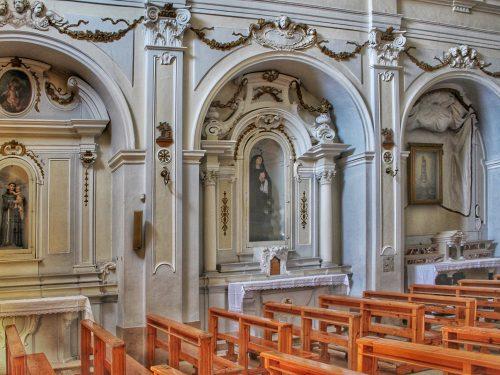 L'altare maggiore della chiesa dei Cappuccini di Ruvo di Puglia: un contributo per lo scultore Francesco Paolo Antolini
